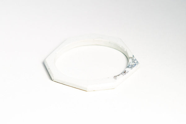 White Concrete Fractured Bangle - Circle - Silver