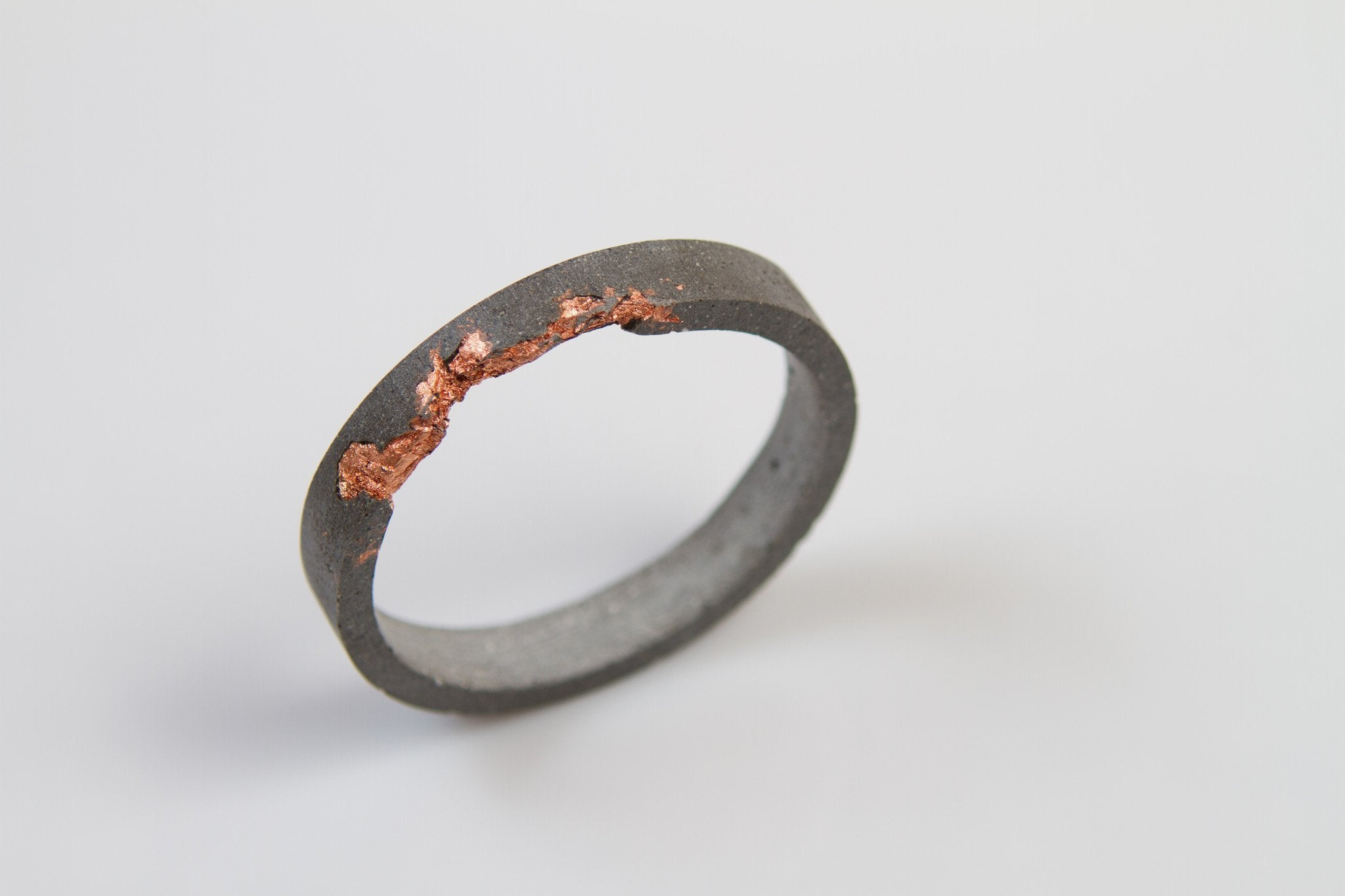 Concrete Fractured Bangle - Circle