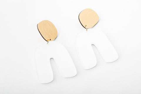 Powder Earrings - Fluid Curve
