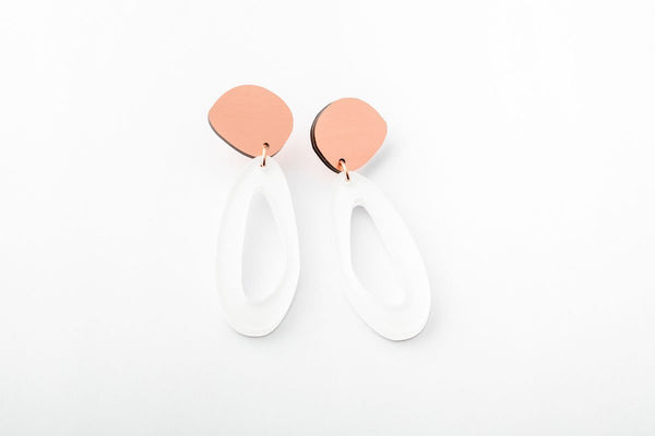 Powder Earrings - Fluid Oval Drop