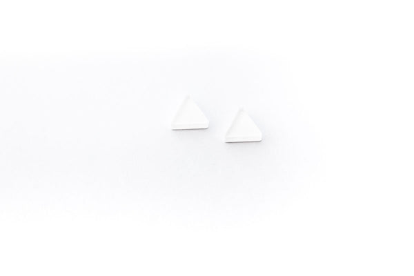 Powder Stud Earrings - Circle