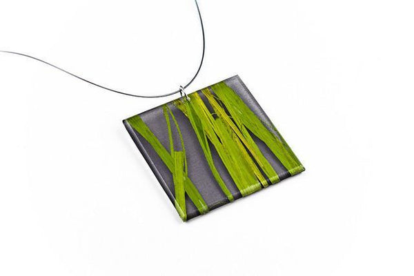 Seaweed Black Necklace - Lrg Square
