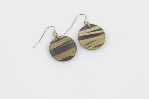 Bear Grass Black Earrings - Circle