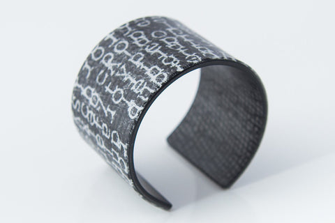 Courier Black Cuff - Wide