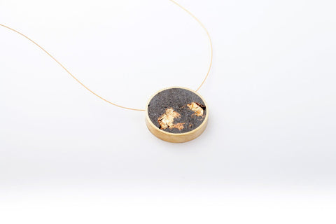 Concrete Brass Necklace - Circle - Medium - Gold