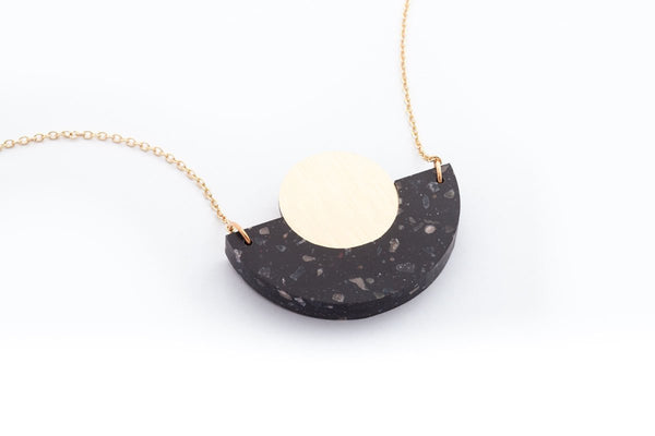 Corian Arc Circle Necklace - Midnight