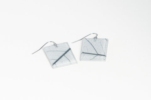 Fossil Leaf White Earrings - Regular