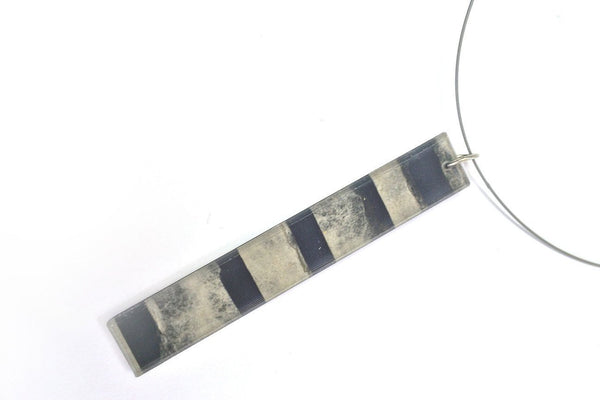 Fray Smoke Necklace - Long