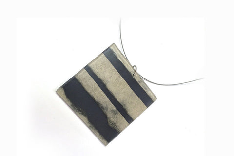 Fray Smoke Necklace - Lrg Square