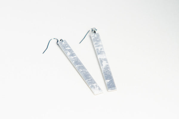 Gild Silver White Earrings - Skinny