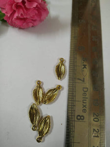 Antique Metal Leaf Gold Charms/pendant/jumka & Charms