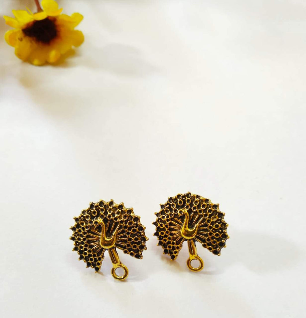 Antique Metal Stud Parrot Design - Nas01 Stud