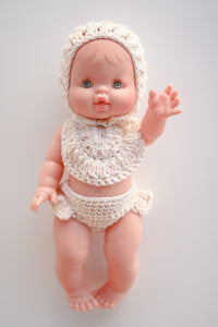 CREAM CROCHET BUMMIES BIB & BONNET SET