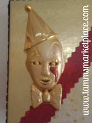 Clown Box with Gold and Maroon Colors QBX021
