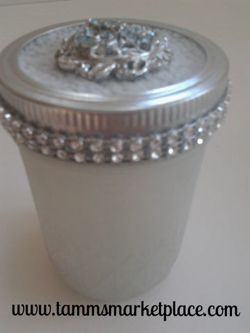Frosted Bling Jar with Baby Blue Flowered Pendant QJA017