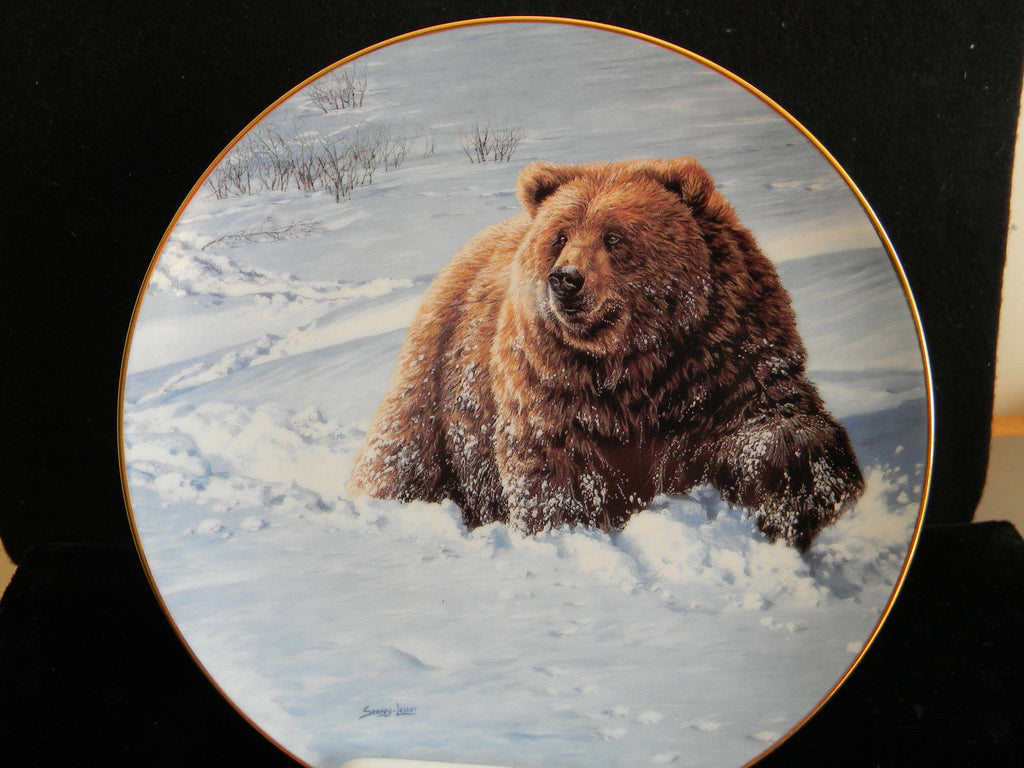 Heavy Going Collector's Plate #2409B of Bear Tracks at Bradford Exchange CP015