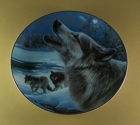 Evening Song Collector's Plate #133A of Realm Of The Wolf at Bradford Exchange CP035