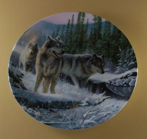 Winter Travelers Collector's Plate #10400A of Call Of The Wilderness at Bradford Exchange CP042
