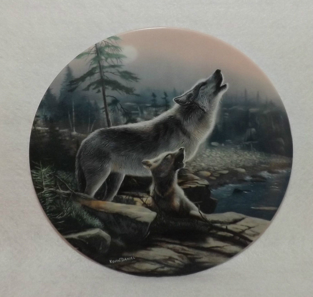 Howling Lesson Collector's Plate #13312B of Call Of The Wilderness at Bradford Exchange CP048