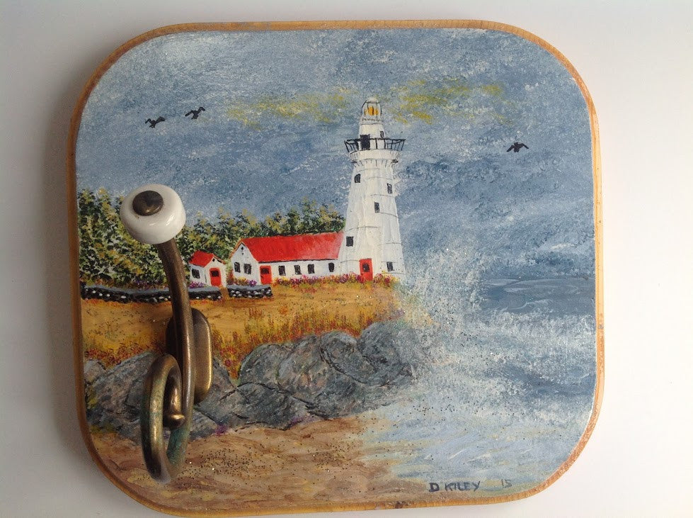 Lighthouse Scene Hand Painted on Wooden Hanging Wall Art with Hook DKP003