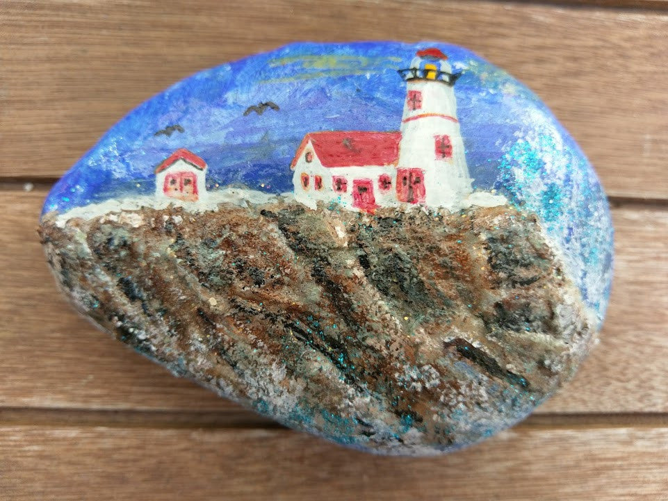 Lighthouse Painted Rock on Rocky Cliffside DKP027