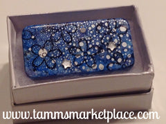 Snowy Blue Domino Pin with Flowers and star jewels MKP011