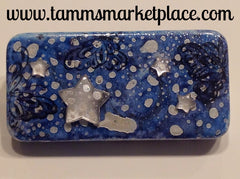Snowy Blue Domino Pin with Butterflies and Star Jewels MKP017