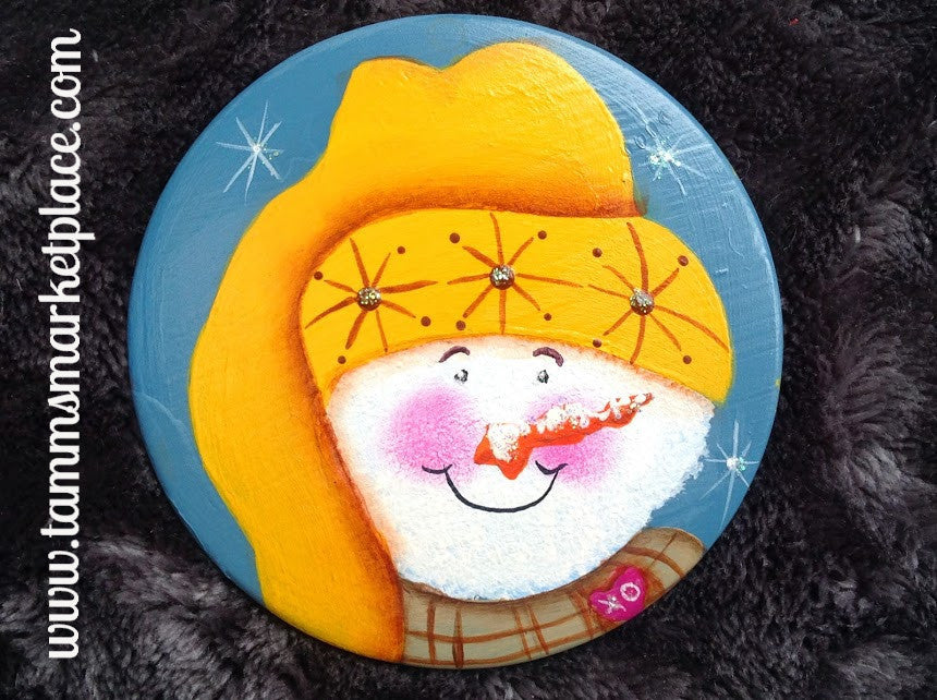 Hand Painted Smiling Snowman Metal Pin MKP081A