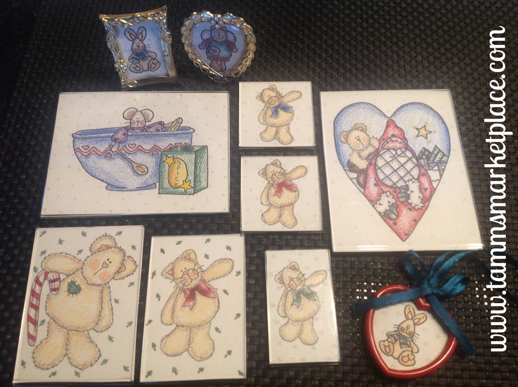 Watercolor pencil Christmas magnet set of 7 with 2 bonus framed prints and one ornament. QCM004