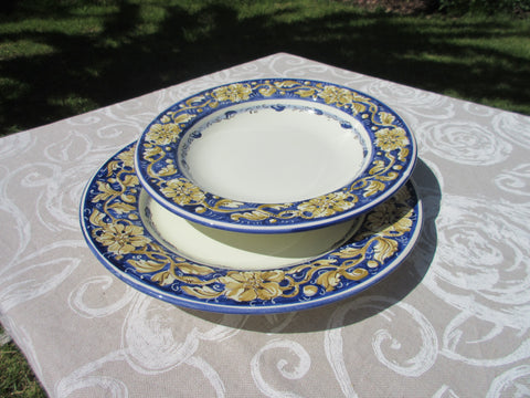 Tuscan dish/plate handmade ceramic, hand-painted in traditional cream and blue design