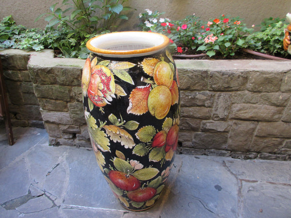 ceramic urns indoor