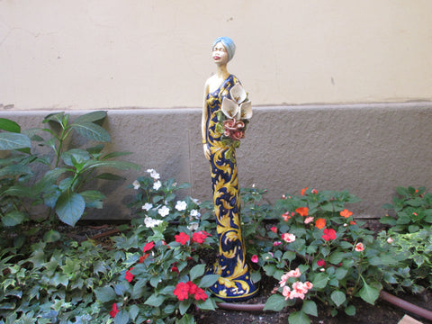 Tuscan ceramic figurine hand made and hand painted in florence design