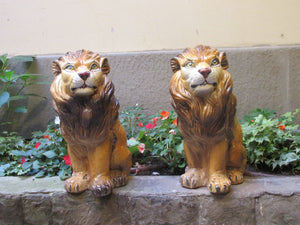 ceramic lions decor