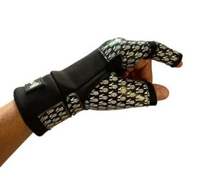 Open image in slideshow, UNIVERSAL GRIP - Wheelchair Gloves for Adaptive Athletes