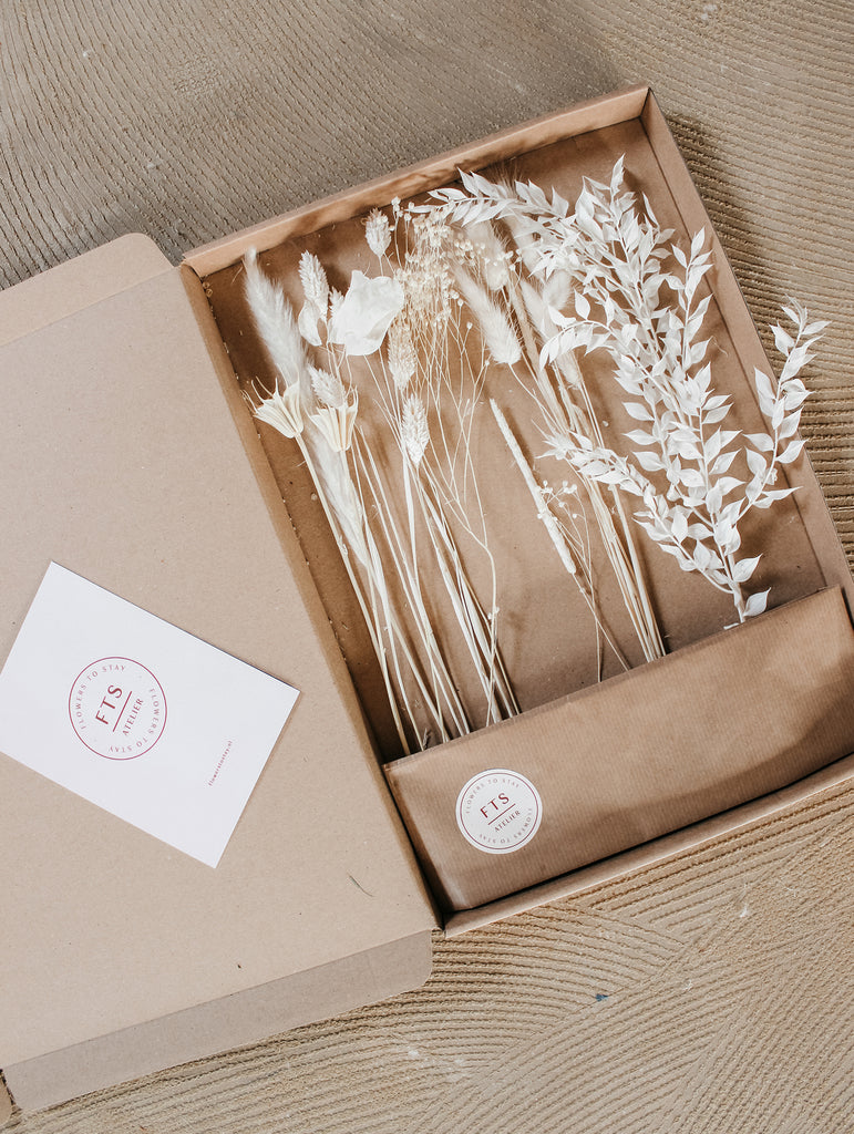 Flowermail - Neutrals