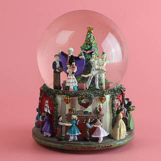 Nutcracker and Christmas snowglobes perfect for your collection