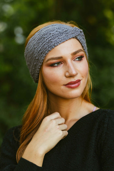 Bundled Up- Cable Knit Cinched Headwrap Lt Grey