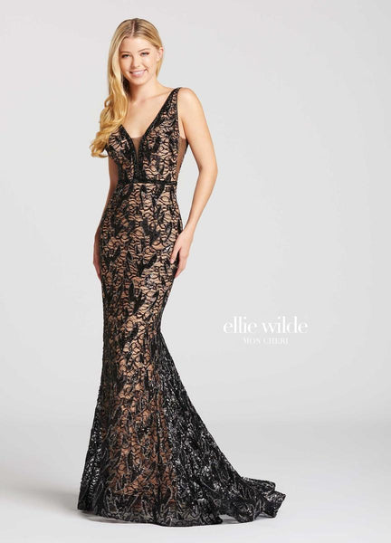 The fabric in this Ellie Wilde Novelty style is Novelty Lace   Ellie Wilde by Mon Cheri