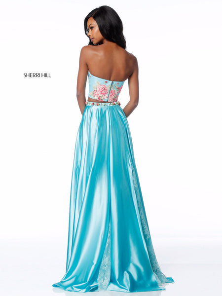 Find this and other Sherri Hill Prom Dresses on our website http://www.raelynns.com/sherrihill or at our prom store in Carmel, IN 46033.  RaeLynn's Boutique is Indiana's largest Authorized Sherri Hill prom dress store.  https://www.raelynns.com/sherri