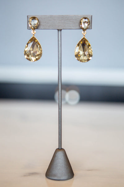 Josie- Small Teardrop Dangle Earring