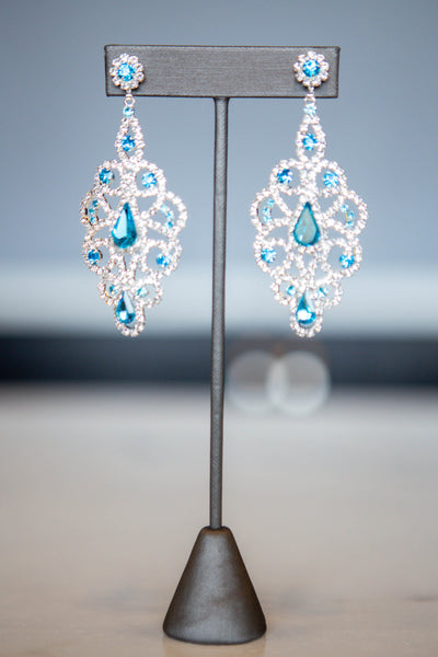 Orabelle- Colored Stone Detail Earring