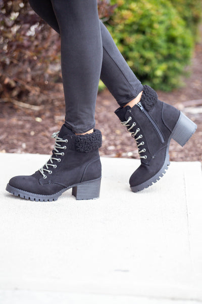 Fall Favorite-Lace Up Bootie Black