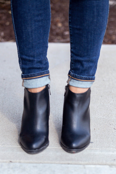 Above Average-Chunky Heel Bootie