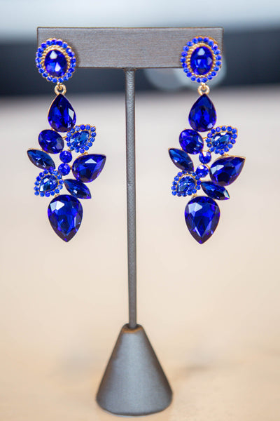 Kendall- Detailed Teardrop Cluster Earring