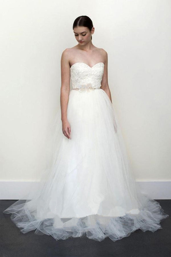 Anneprom A-Line White Lace Grey Tulle Strapless Sweetheart Neck Wedding Dress APW0081
