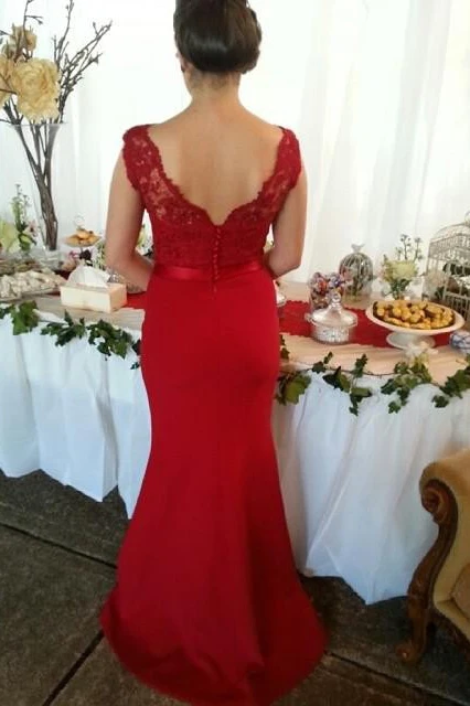 Anneprom Red Button Backless Plus Size Mermaid Cap Sleeves V-neck Long Lace Bridesmaid Dresses APP0384