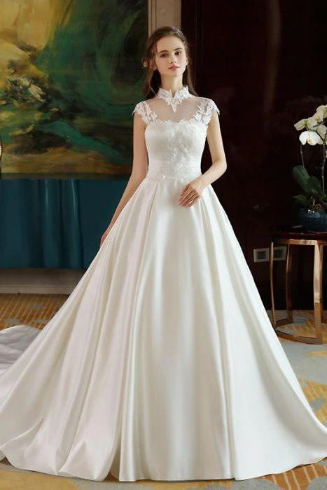 Anneprom Ivory High Neck Ball Gown Lace Applique Cheap Wedding Dresses APW0151