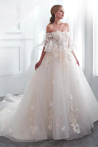 Anneprom Tulle Off-The-Shoulder Neckline A-Line Wedding Dress With Lace Appliques APW0218