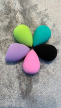 Load image into Gallery viewer, John Linkert Beauty Blender Sponge