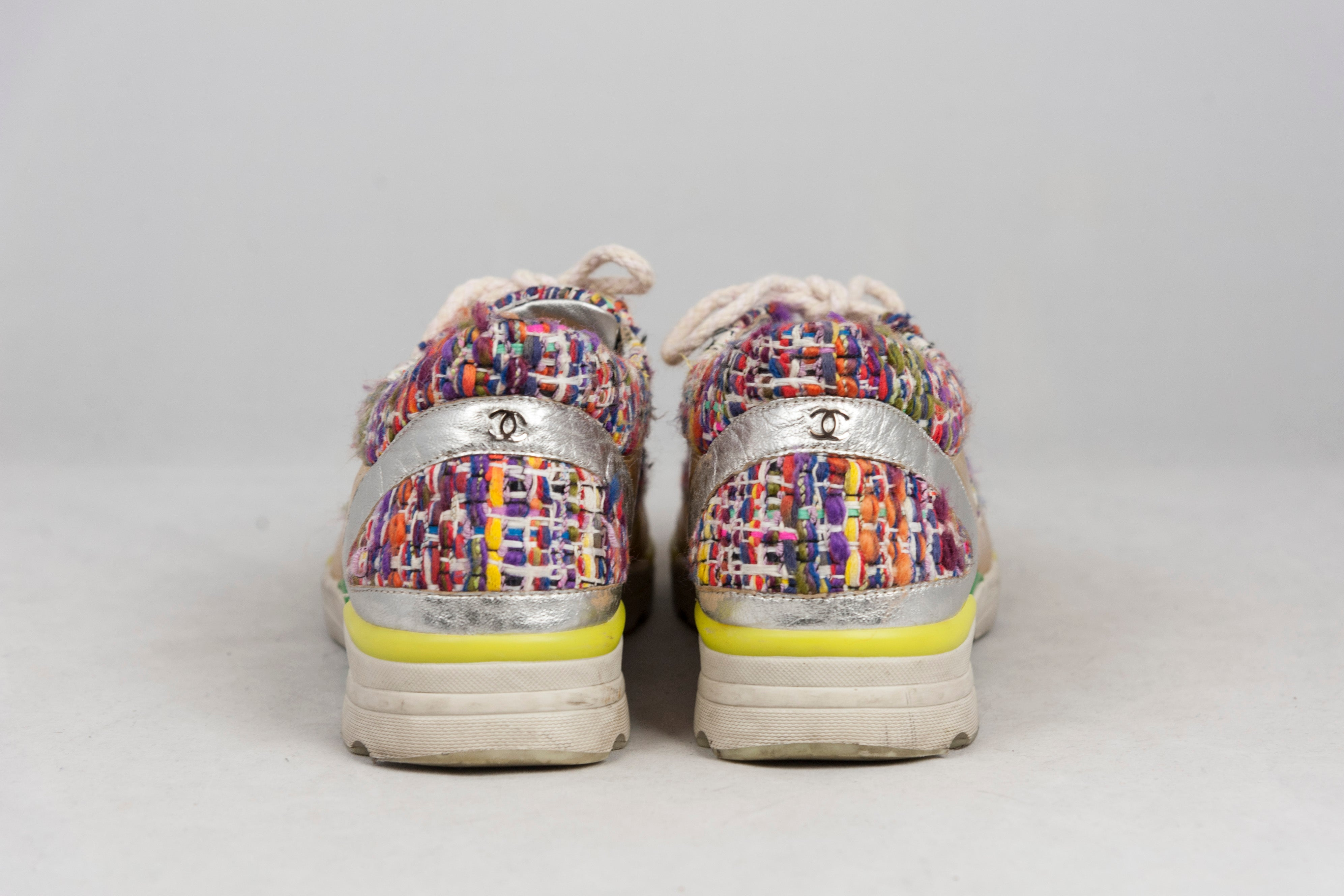 Chanel Sneakers oro e tessuto tweed bouclé multicolor - N. 39